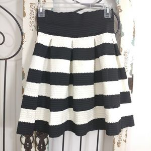 Love Culture pleated striped skirt large